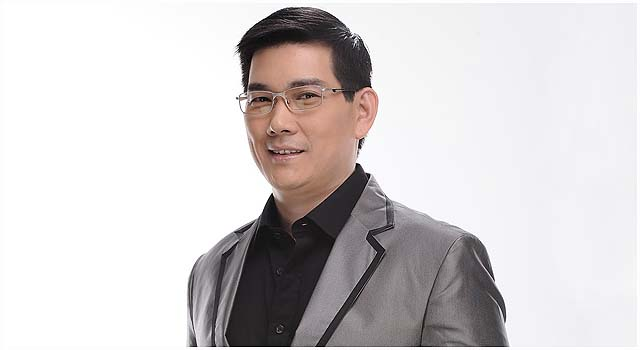 Richard Yap inks exclusive contract with ABS-CBN
