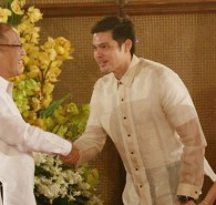 "President Benigno ""Noynoy""Aquino III will attend the wedding of the Kapuso Royal Couple Dingdong Dantes and Marian Rivera on December 30, 2014. This is confirmed by the sister of PNoy, Kris Aquino in her Instagram Account. PNoy already gave instructions to block off December 30, […]"