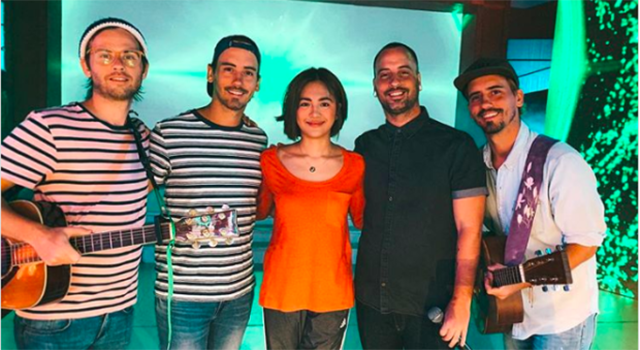 """Last Sunday, November 25, The Moffatts had a chance to perform on GMA-7's noontime show Sunday PinaSaya with Julie Anne San Jose and performed the band's hit songs """"Miss You Like Crazy"""" and """"If Life Is So Short"""" along with Kapuso singers Garrett Bolden and […]"""